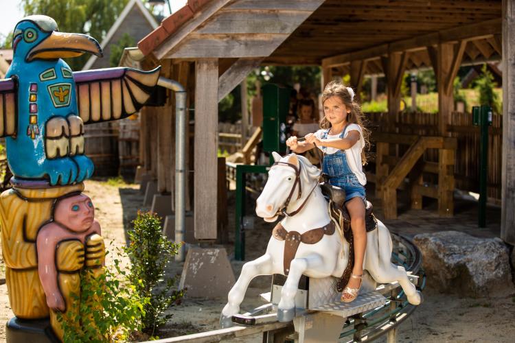 Jumping Horse.2