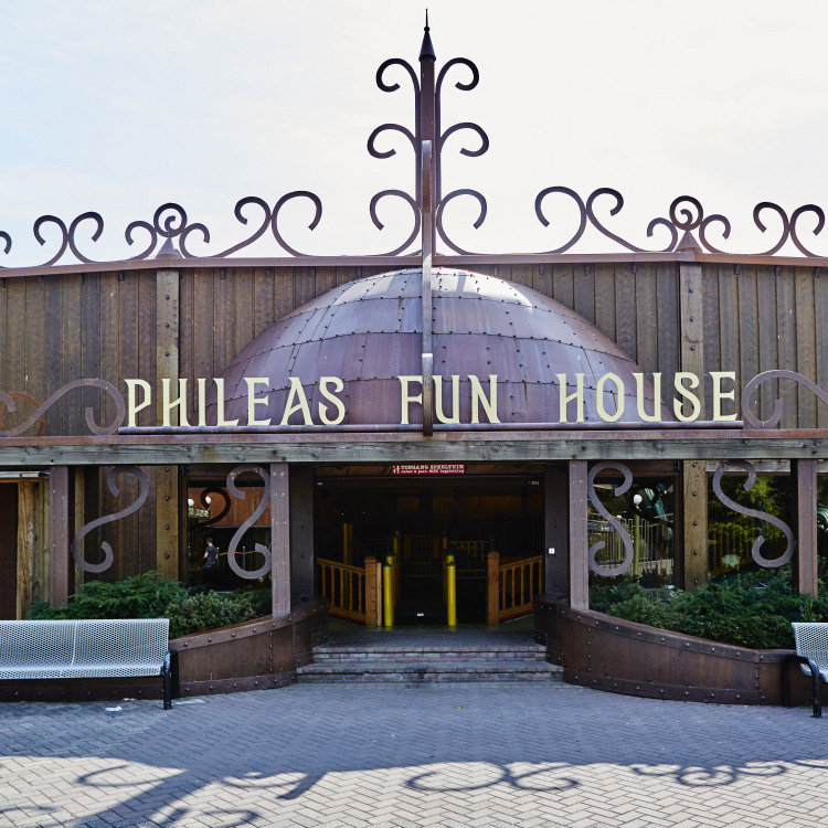 Phileas Fun House buiten